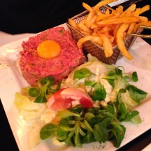 that same dinner, Spy went classic with a steak tartare. i didn't partake, but it looked delish.